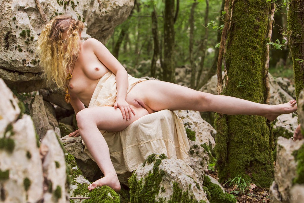 Dendrie Taylor Nude
