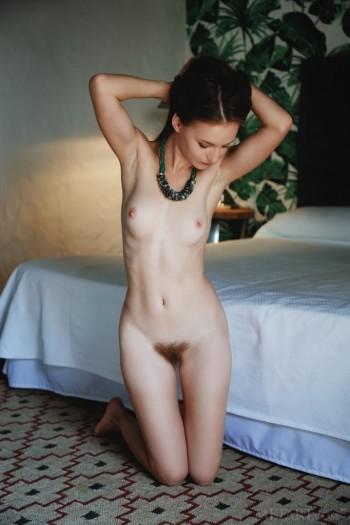 skinny brunette amateur pov