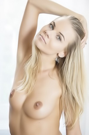 Blonde Hottie Nordica