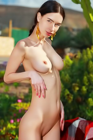 Dita V With Yummy Natural Tits With Beautiful Nipples